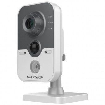 IP-камера Hikvision DS-2CD2422FWD-IW с Wi-Fi